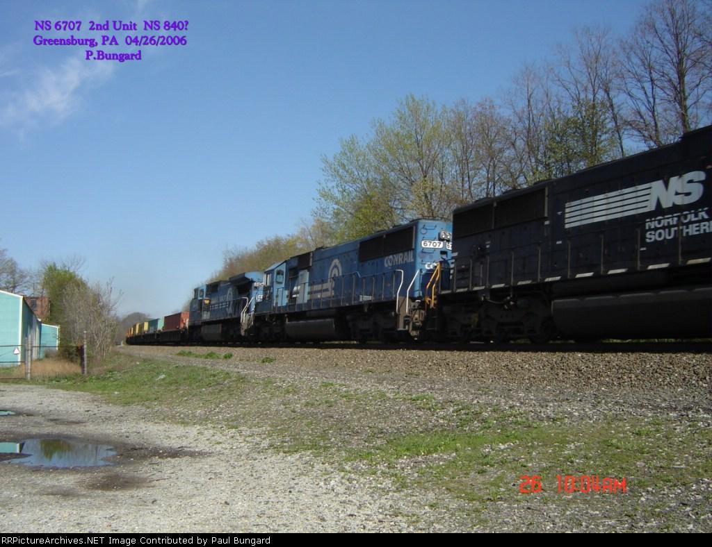 NS 6707  SD60    NS 8404  C40-8W   Lead Unit    04/26/2006