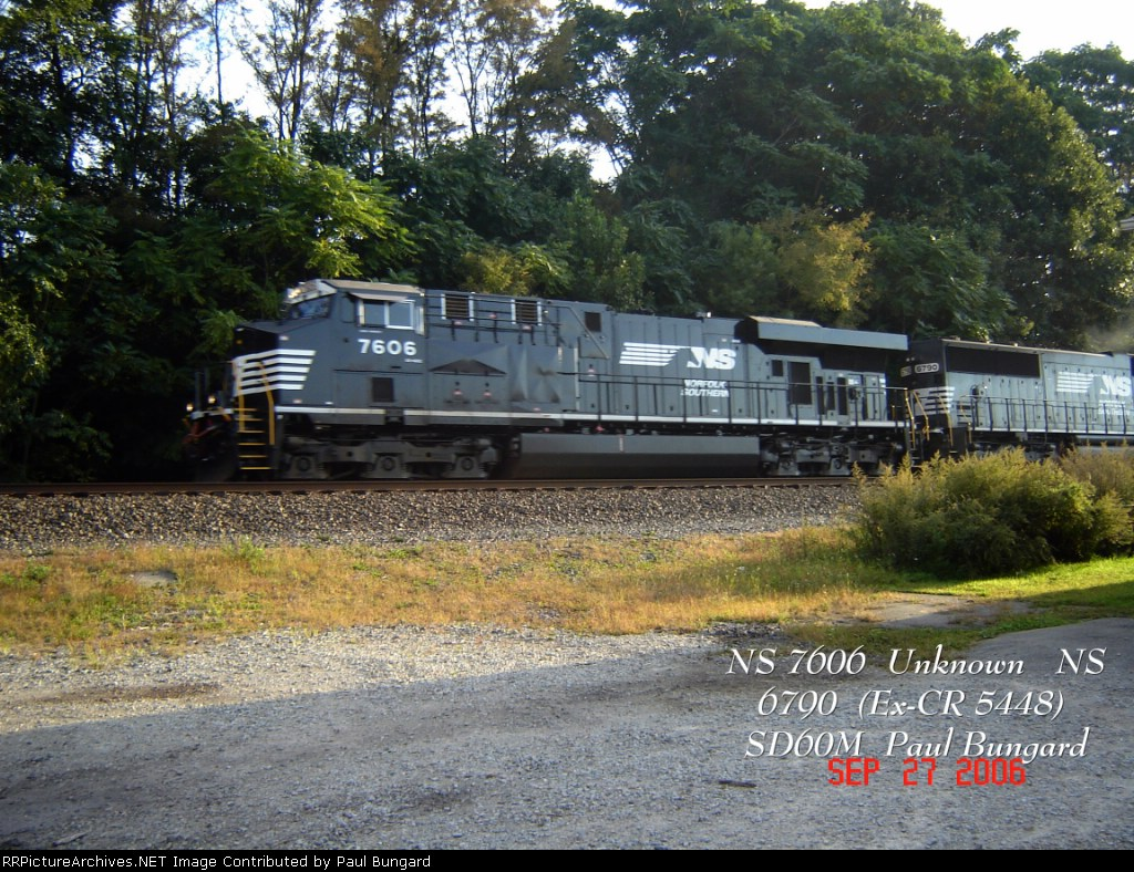 NS 7606 ES40DC    NS 6790 (Ex-CR 5448) SD60M   09/27/2006