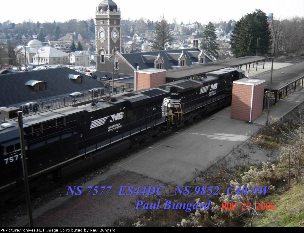 NS 7577  ES44DC    NS 9852  C40-9W    11/27/2006