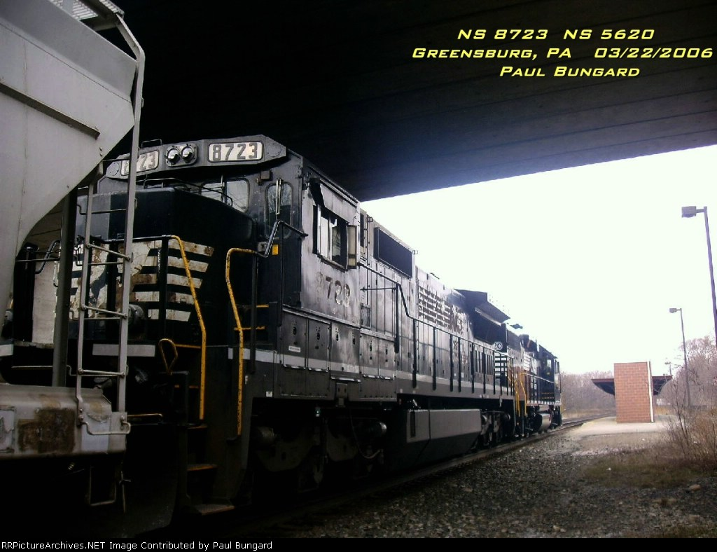 NS 8723  C40-8  March 22, 2006