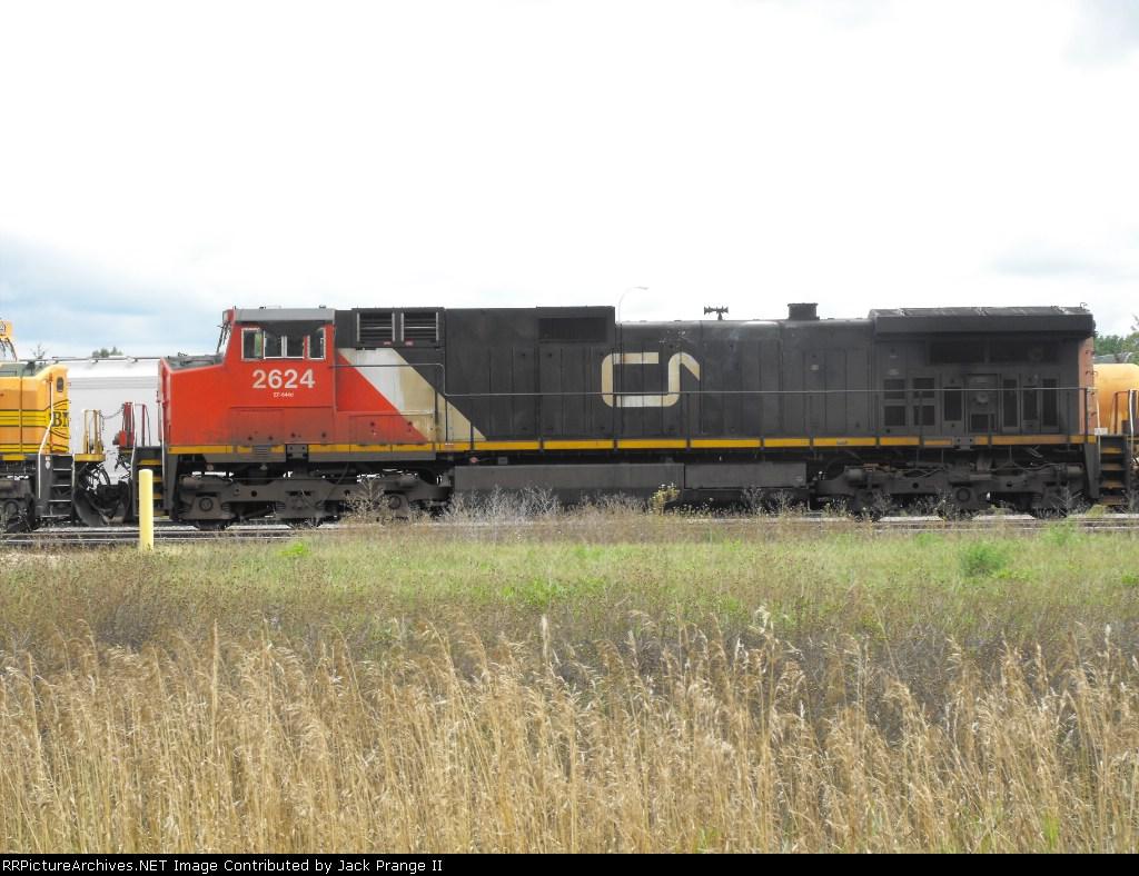 CN 2624