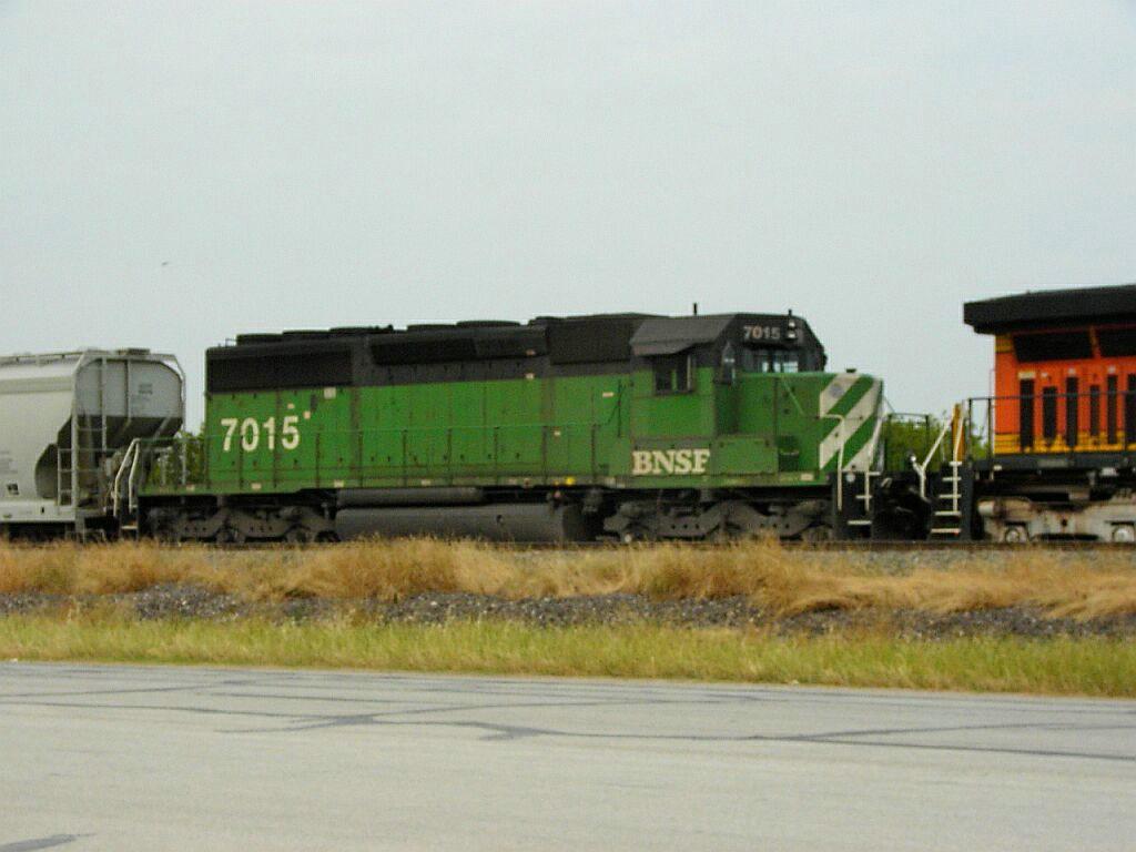 BNSF 7015
