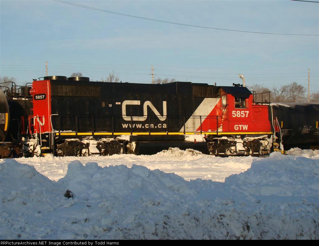 CN 5857