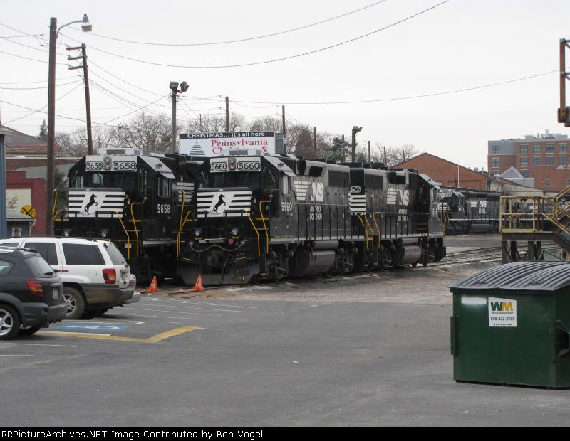 NS 5658, 5660, and 5656