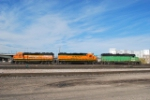 BNSF 3003/2260/3001 Moving Into The Yard
