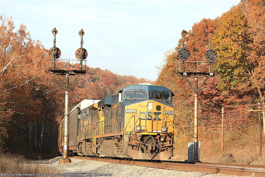 One more eastbound splits the B&O fork signals