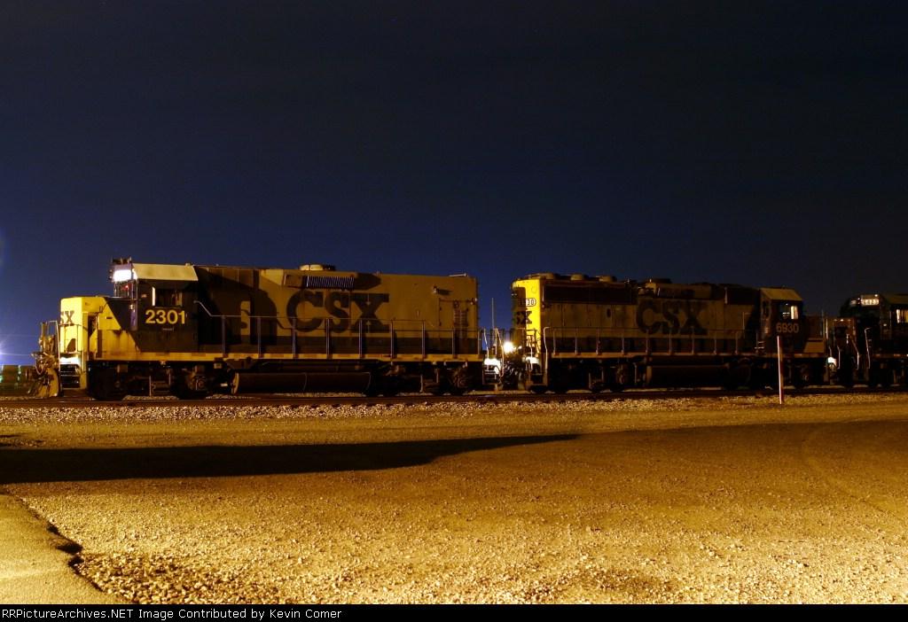 CSX 2301/6930/6423 at the CSX Memphis Jct. yard