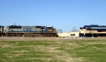 CSX 4565 meets L&N 796