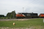 CN 5620 leads M357 into Point Yard
