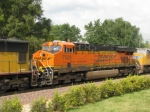 BNSF 7528 paying some horsepower hours on UP