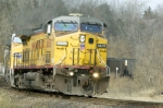 UP 6678 rounds the tight turn at Cole Jct, MO