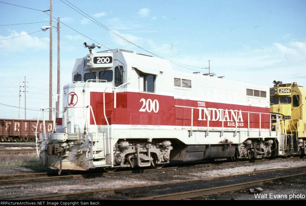 INRD 200--CF7 (Former ATSF 2527)