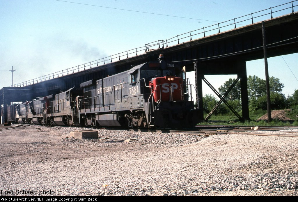 SP 7881, 7809, and 7842 Eastbound