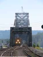 PNWR3007 GP40 on Bridge