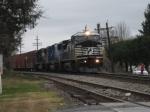 NS 37Q at Shenandoah Jct. Rd crossing