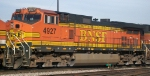BNSF 4927