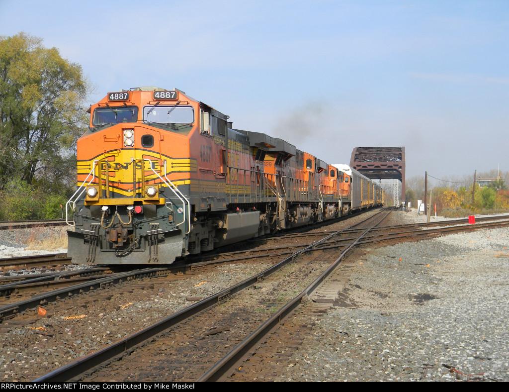 BNSF 4887