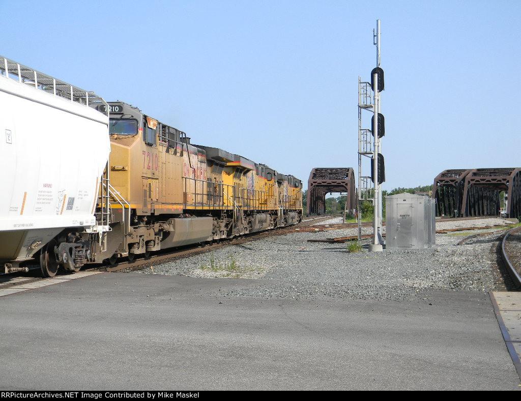 UP 5869