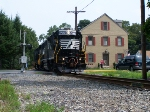 NS 5275 holding up the pedestrians, in Mechanicsburg.