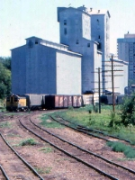 1014-31a C&NW local freight switches Burdick Elevators #1 & 2