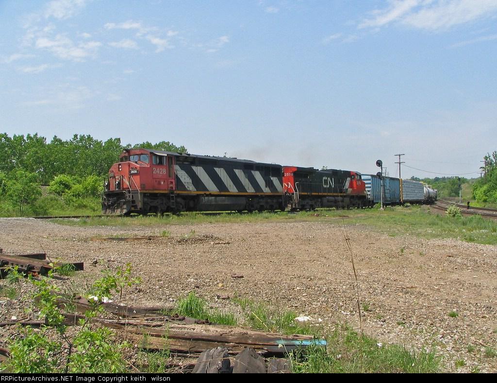 CN 2428  & CN 2578
