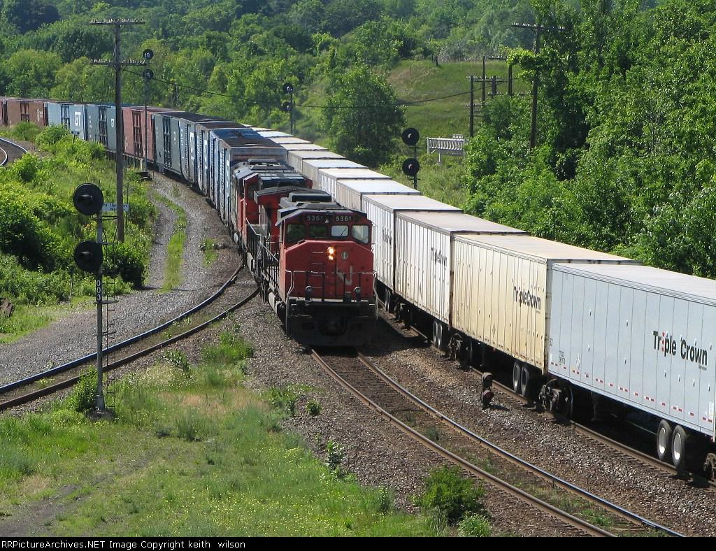 CN 5361 & CN 2612