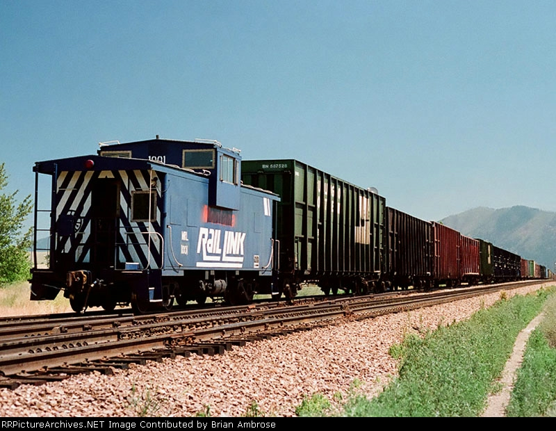 MRL caboose 1001