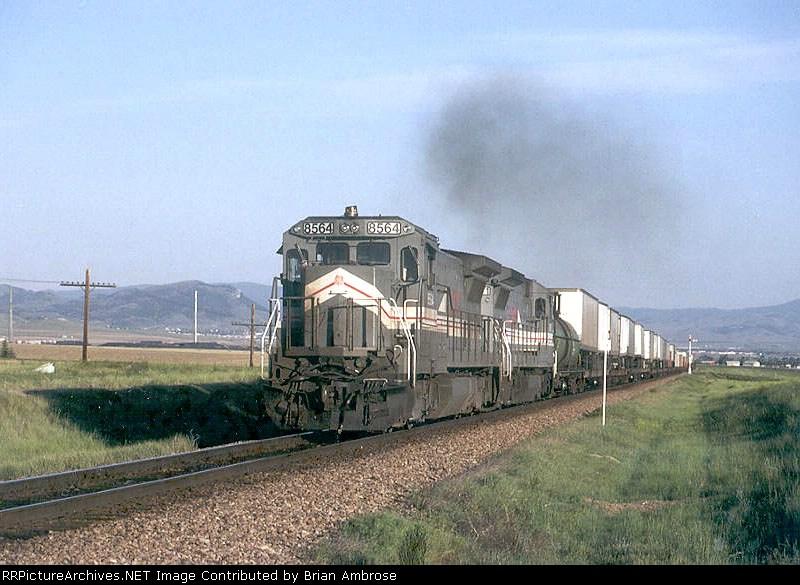 LMX 8564 East