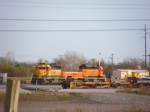 BNSF SD40-2 6732, BNSF Slug 270 and BNSF SD40-2 1888