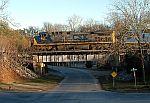 Train Q692 arrives