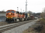 BNSF 6194 leads a BNSF ACe and a CSX ACe west with Q335-15
