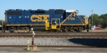 CSX 2705 and MOW