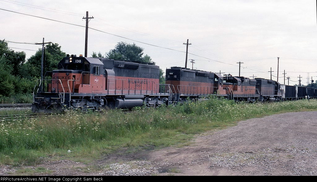 MILW 130, 16, 546, and 28 on Westbound Coal