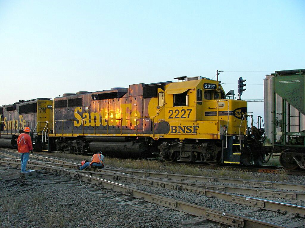 BNSF 2227