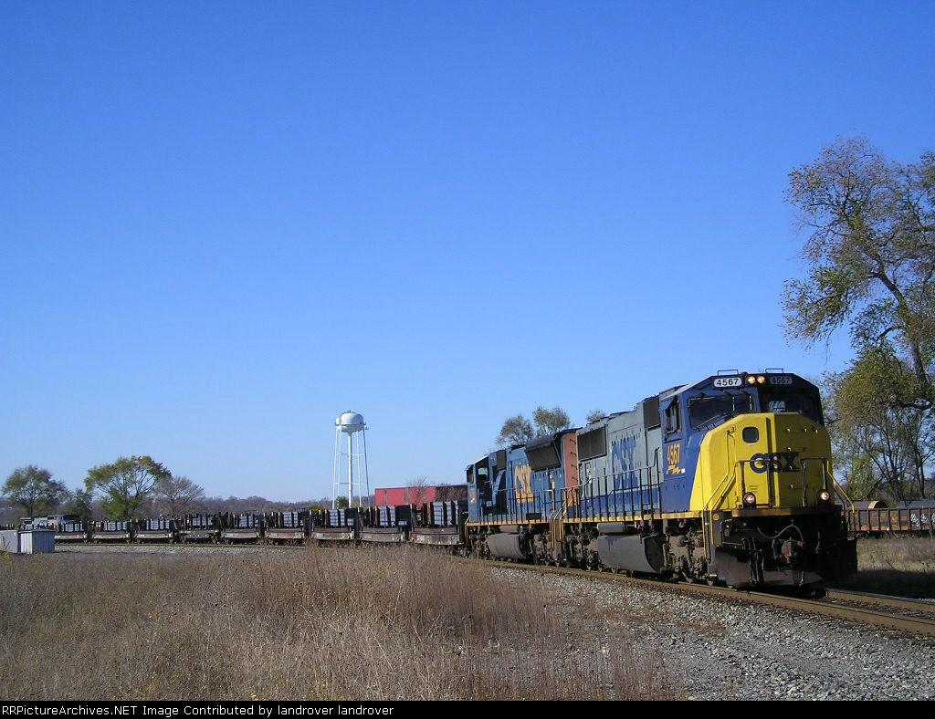 CSXT 4567 On CSX K 587-14 Northbound