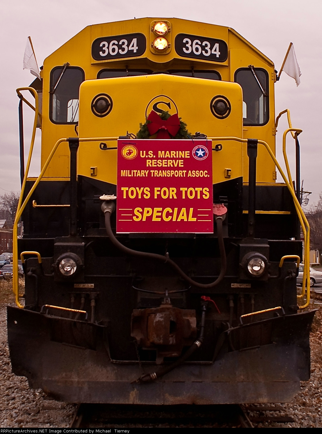 NYSW SD45 3634 on the Toys For Tots Train