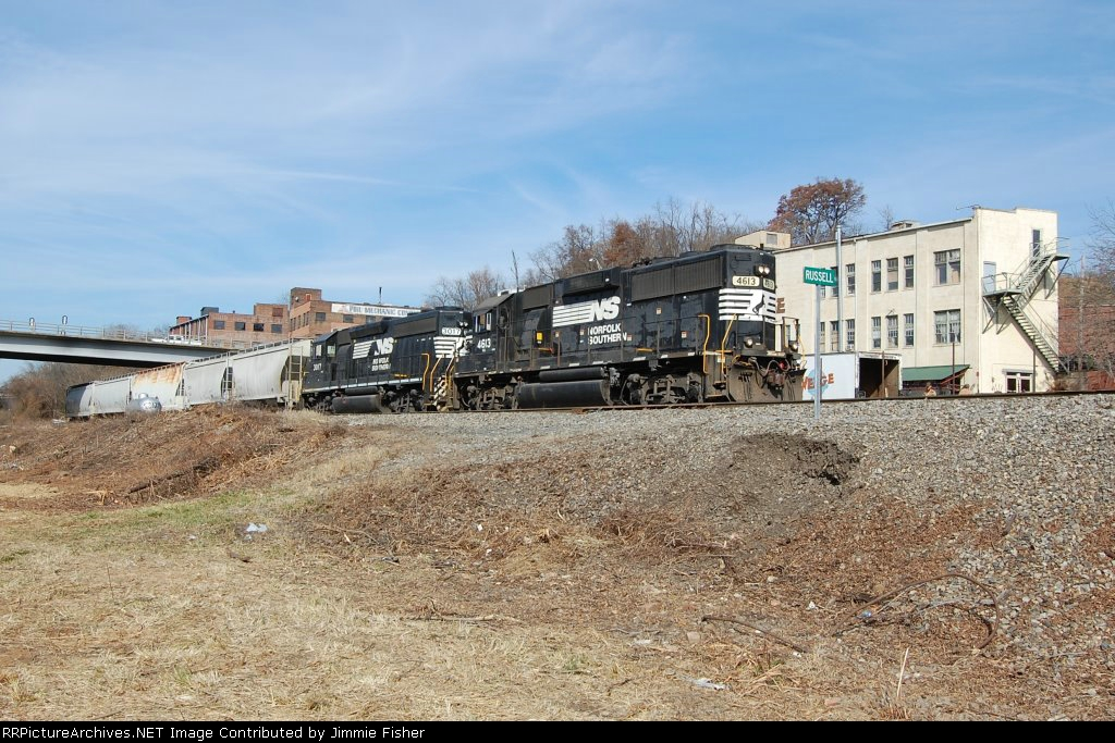 Nov 22. 2010:  Local PAO1 enters the NS yard