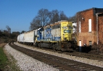 CSX Y111 passing the abandoned factory