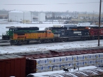 BNSF 513 and NS 9572