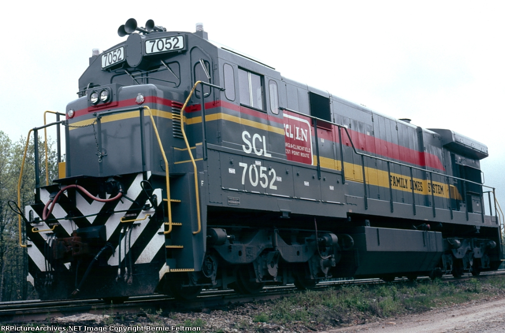 Seaboard Coast Line C30-7 #7052, just a few days after GE delivery,