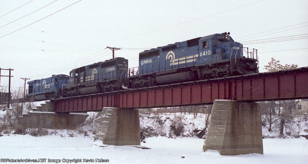 CR 6410 SD40-2