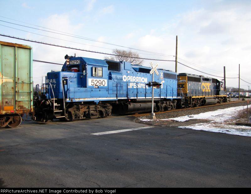NS 5290 and CSX 4406