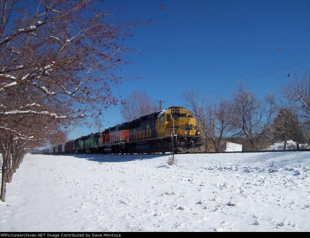 BNSF 8717