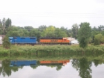 BNSF 3005 and EMDX 780 on the Lyons Branch