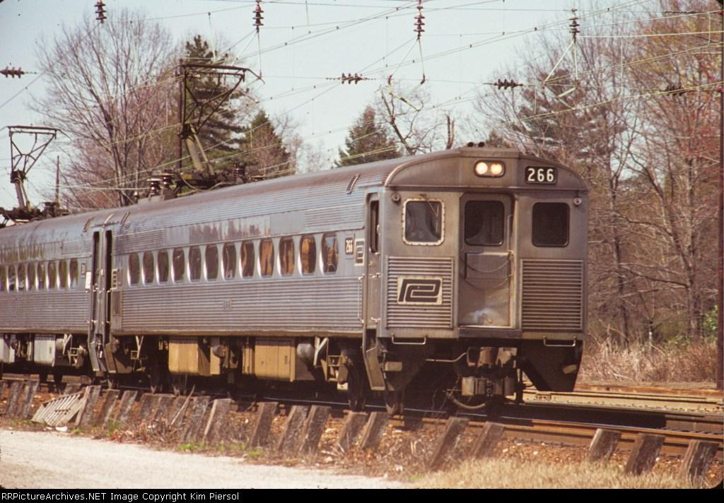 Penn Central Silverliner II #266