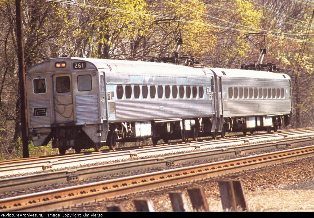 Penn Central Silverliner II #261