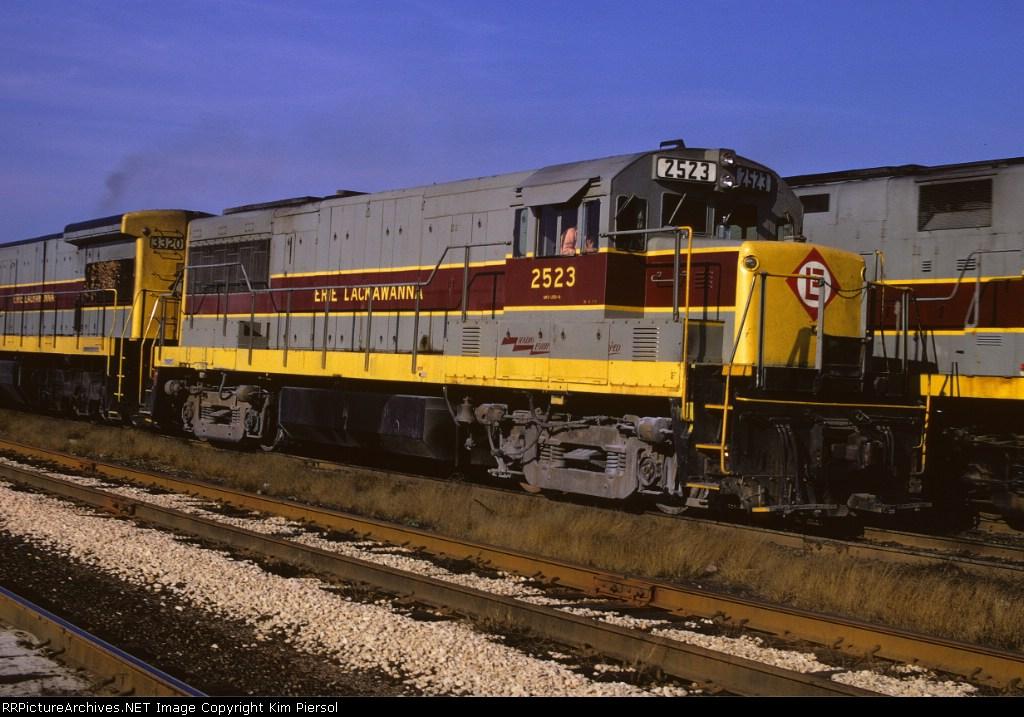 EL U25B #2523