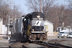 NS 7150 working local freight in Elkhart