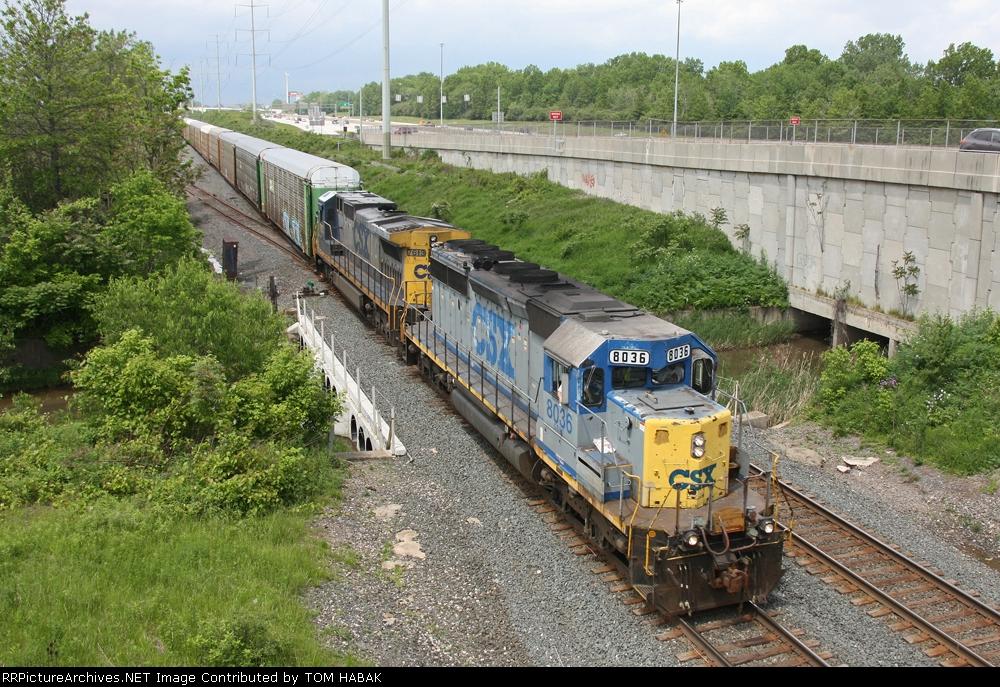 CSX 8036 on CSX Q268-22