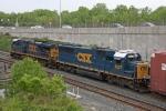 CSX 8523 on CSX Q371-06